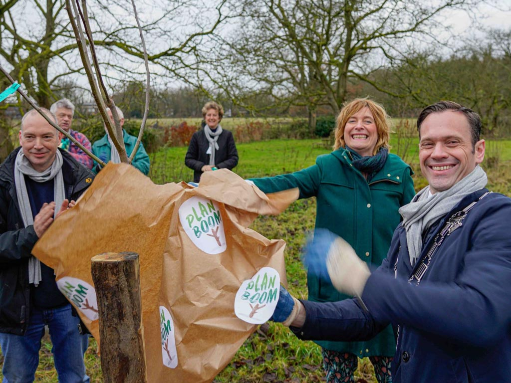 Plan Boom gestart met de aanplant van de eerste van 10 miljoen bomen